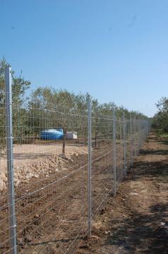 Recinzione Terreno agricolo pali zincati ORMA